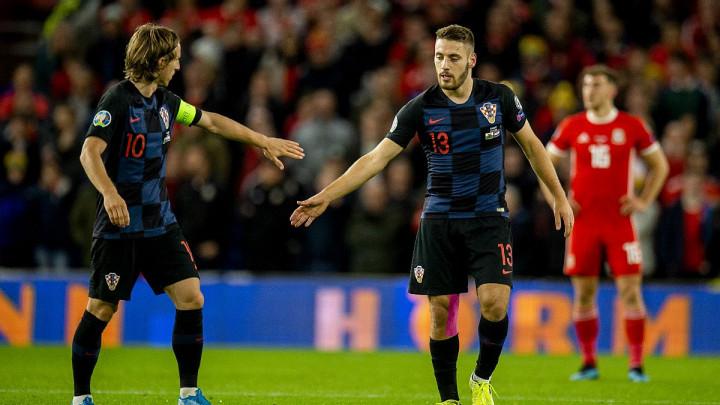 Objavljena fotografija dresa u kojoj će Hrvatska igrati na Euru, navijači razočarani