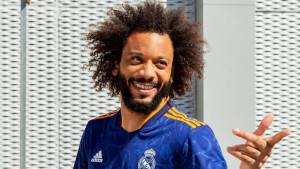 Mnogi su se zaljubili na prvi pogled: Rezervni dres Real Madrida privukao je veliku pažnju