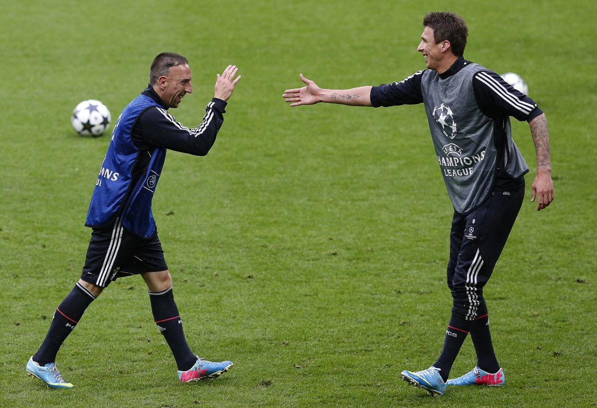 Mandžukić dobio novu ponudu, nagovara ga i Ribery
