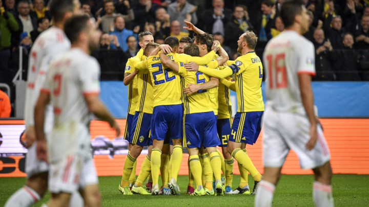 Rodrigo rasplakao Švedsku u 92. minuti, šok za Rumune, Švicarska slavi