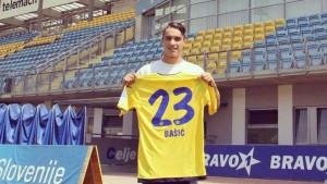 Novo lice na današnjem treningu FK Velež