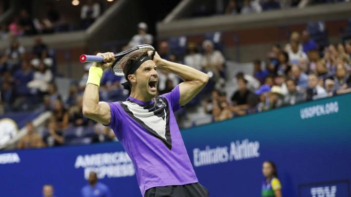 I Roger mora kući: Dimitrov u sjajnom meču pobijedio Federera za polufinale US Opena