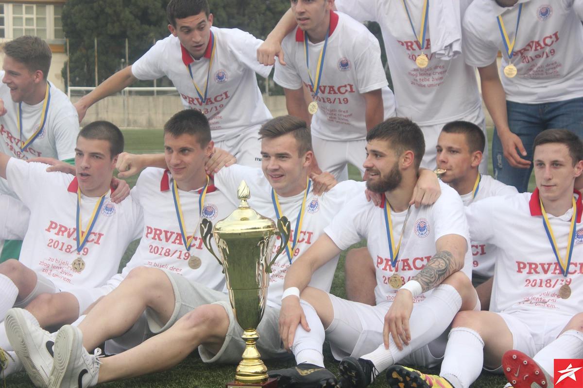 Juniori HŠK Zrinjski prvaci Bosne i Hercegovine!