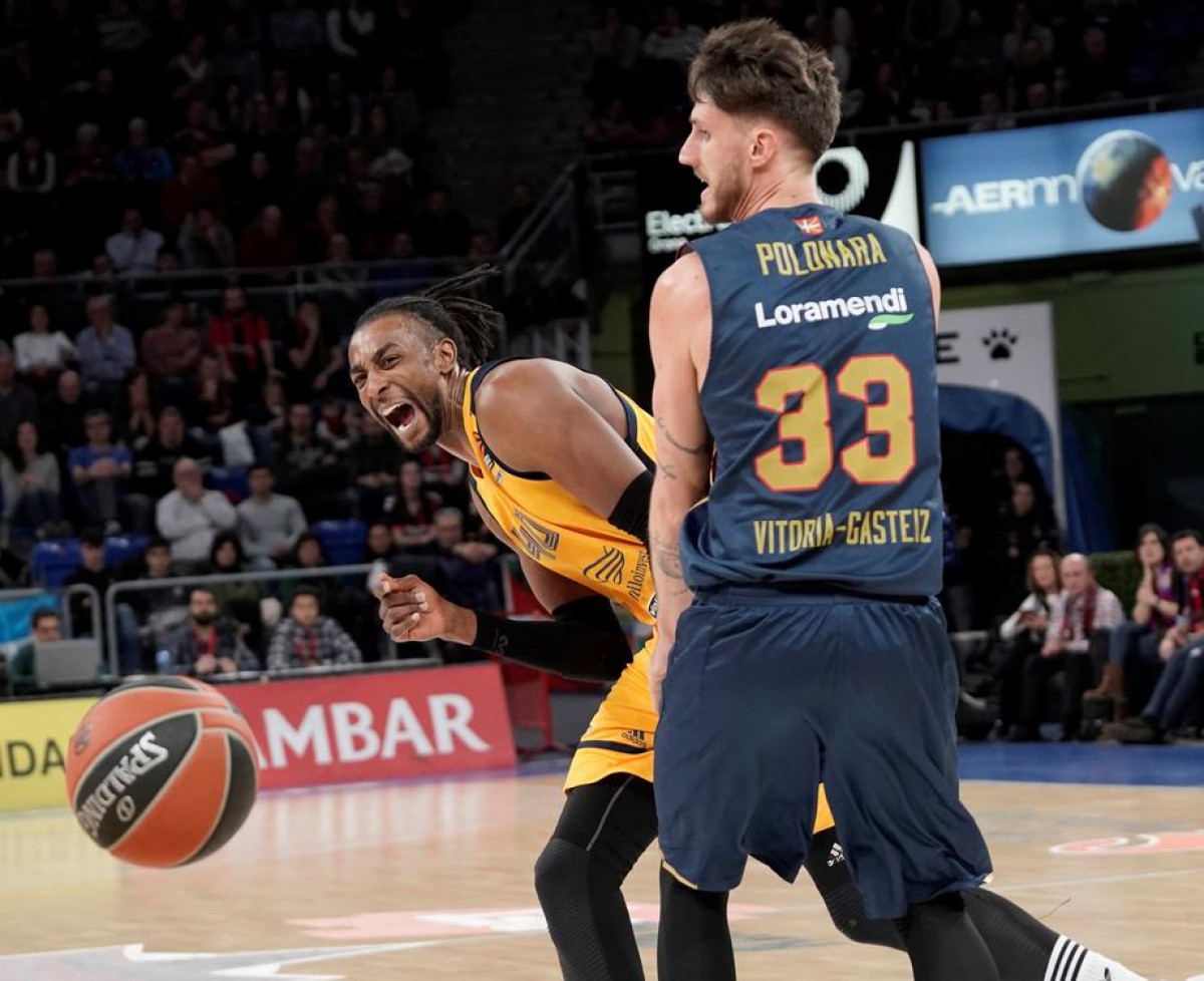 Prvak u zakucavanjima na NBA All Star utakmici pojačava milanski Armani