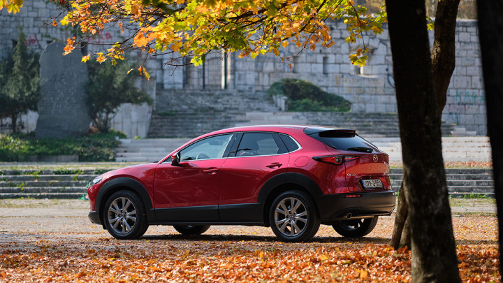 Test Mazda CX-30 G122 M-Hybrid Plus