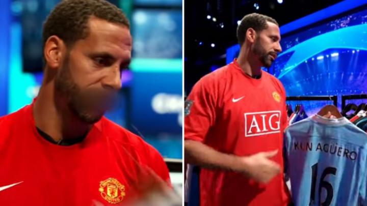 Ferdinand uživao gledajući dresove fudbalskih legendi, a onda je ugledao dres Sergija Aguera