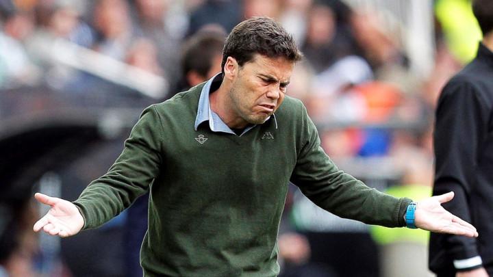 Ambicije visoke, rezultati nikakvi: Betis otpustio trenera