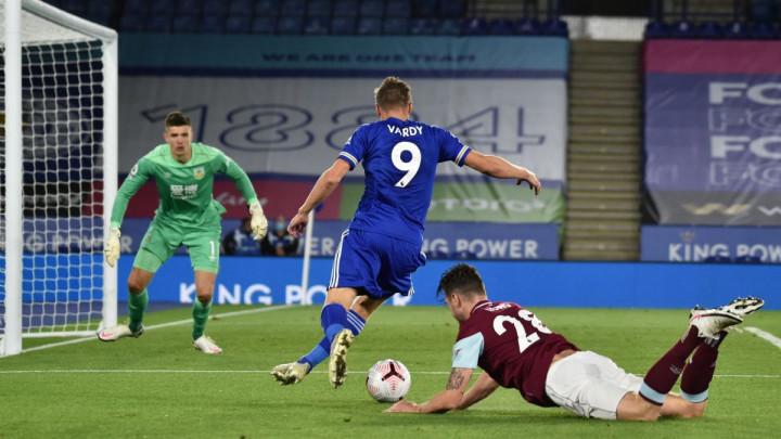 Šest golova na King Poweru, Leicester dva od dva