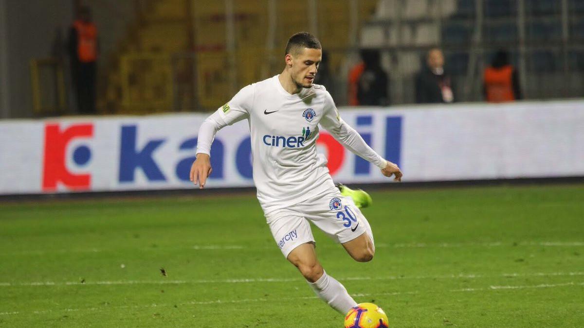 Hajradinović odigrao poluvrijeme, Cocalić cijeli meč u porazima svojih ekipa