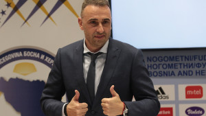 Petev na derbiju traži igrače za reprezentaciju BiH