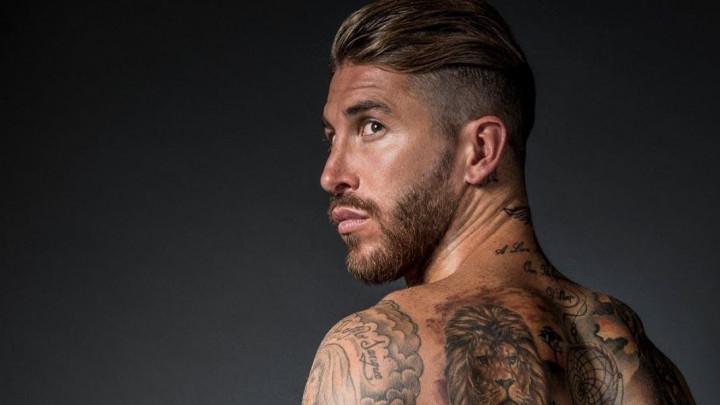 Ramos objavio fotografiju na Instagramu i nikome nije jasno šta se desilo sa silnim tetovažama