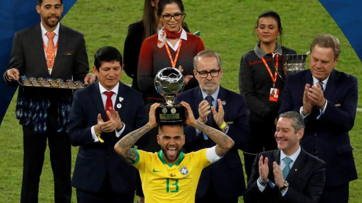 Proglašen najboljim igračem Južne Amerike, a još uvijek nema klub