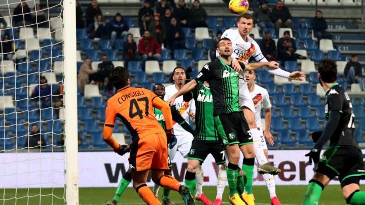 Edin Džeko zabio 100. gol za Romu, ali Vučica je večeras potpuno nadigrana