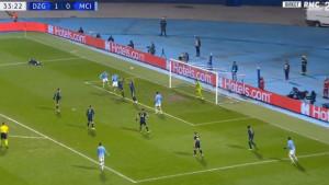 Veliki protesti igrača Dinama: Manchester City na bezobrazan način poravnao rezultat