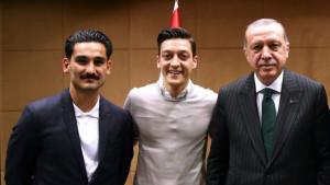 Ozil o fotografiji s Erdoganom: Imam dva srca...