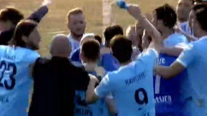 Fudbaleri Željezničara proslavili trofej: Kup, kup, kup je naš!