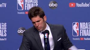 Šef Warriorsa u suzama saopštio loše vijesti o Durantu: Nije fer, nije fer...