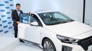 Od Range Rovera do Opela: Šta voze Mourinho, Conte, Zidane, Wenger...