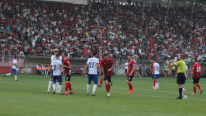 Nakon sedam kola Premijer lige dva kluba gledalo preko 40.000 gledaoca