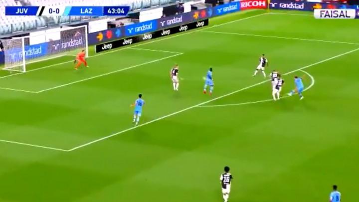 Kakva sreća za Juventus u finišu prvog poluvremena
