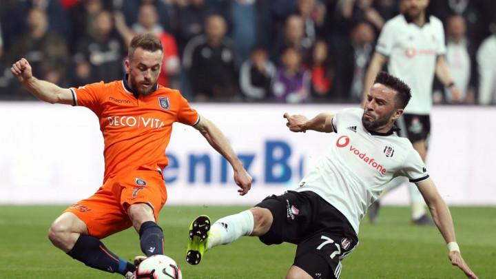 U Turskoj poništena odluka o povratku navijača na stadione