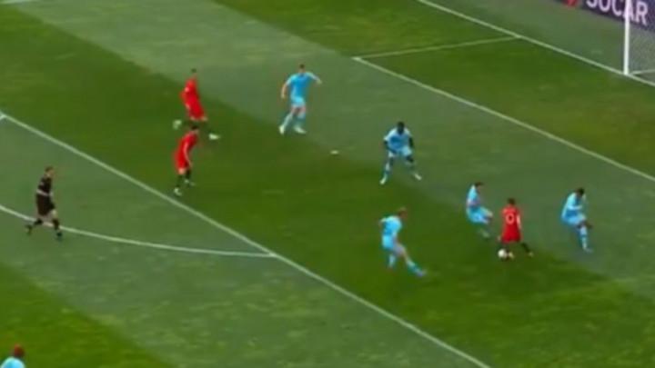 Bernardo Silva jedini igrač koji je ove sezone uspio predriblati Van Dijka!