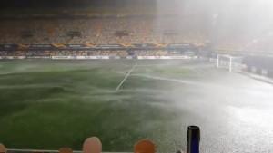 Stadion Villarreala bio pod vodom, a onda šok za sve kada je meč počeo