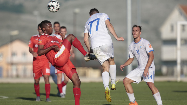 FK Velež je danas iskoristio šanse: Pogledajte kako su Rođeni nadigrali FK Tuzla City