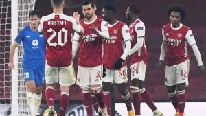 Arsenal uz pomoć autogolova do preokreta protiv Moldea