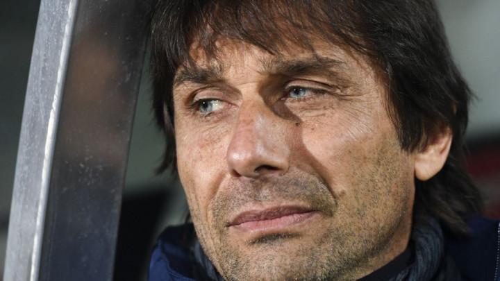 Kao grom iz vedra neba: Antonio Conte bi mogao napustiti Inter