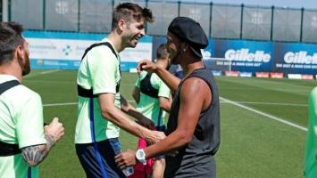 Ronaldinho došao na trening Barcelone