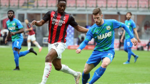 Sassuolo šokirao Milan na San Siru i doveo Inter na korak od Scudetta