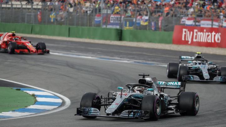 Luda trka u Njemačkoj, Hamilton na kraju slavio