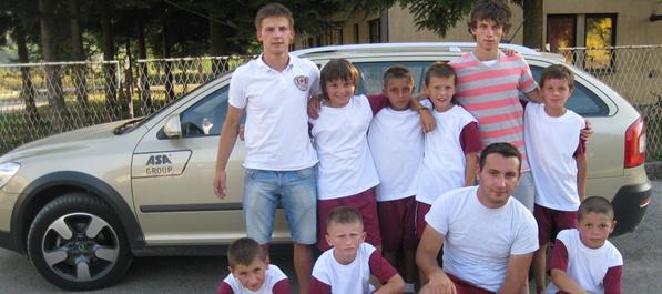 BP donirali dresove djeci iz Ilijaša
