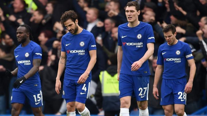 Chelsea remijem sa Huddersfieldom ostao bez Lige prvaka?