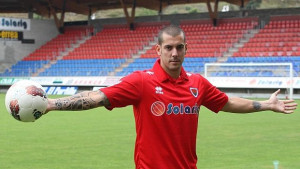 Klub ga otjerao nakon što je odbio igrati utakmice na ljeto