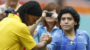 Maradona: Ronaldinho nije kriminalac!