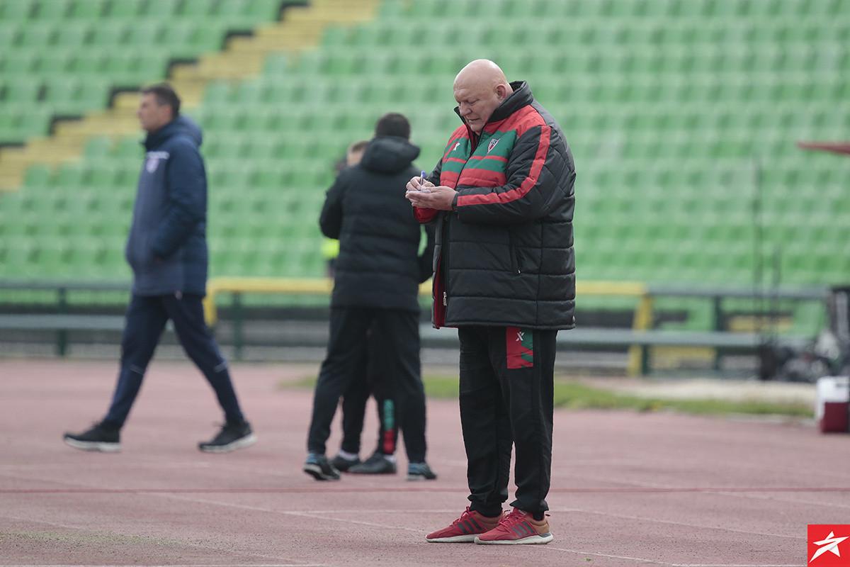 Petrovića ide protiv trofejnih stručnjaka, do kraja sezone okršaji sa još dva