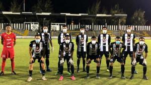 Ne igra se samo u Bjelorusiji: Fudbal se kotrlja u još jednoj zemlji, igrači s maskama na licu