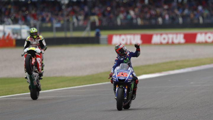 Trijumf Vinalesa ispred Rossija, Marquez ispao