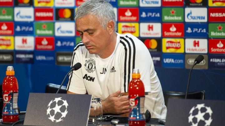 Mourinho: Neću da pričam sa španskim novinarima