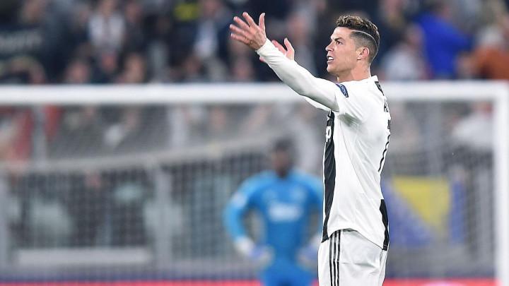 Zna šta je razlog eliminacije od Ajaxa: Ronaldo gestikulacijom pokazao zašto su ispali