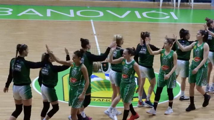 Banovićanke otputovale u Bugarsku: Želimo što bolji rezultat