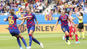 Dok muški tim gubi, ženski tim Barcelone je danas razbio prvaka iz prethodne tri sezone