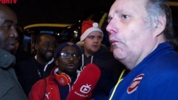 Urnebesne scene s navijačem koji traži odlazak Wengera