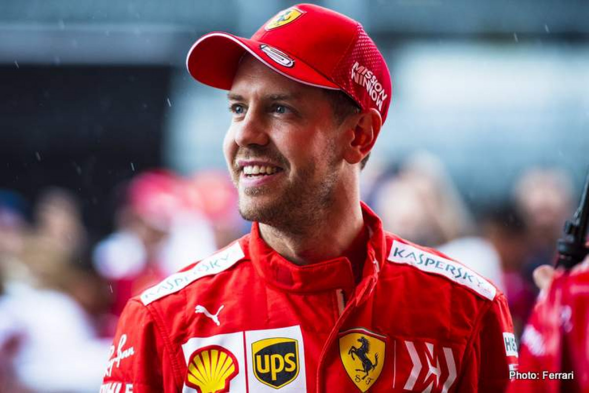 Ecclestone: Volio bih vidjeti Vettela u Mercedesu
