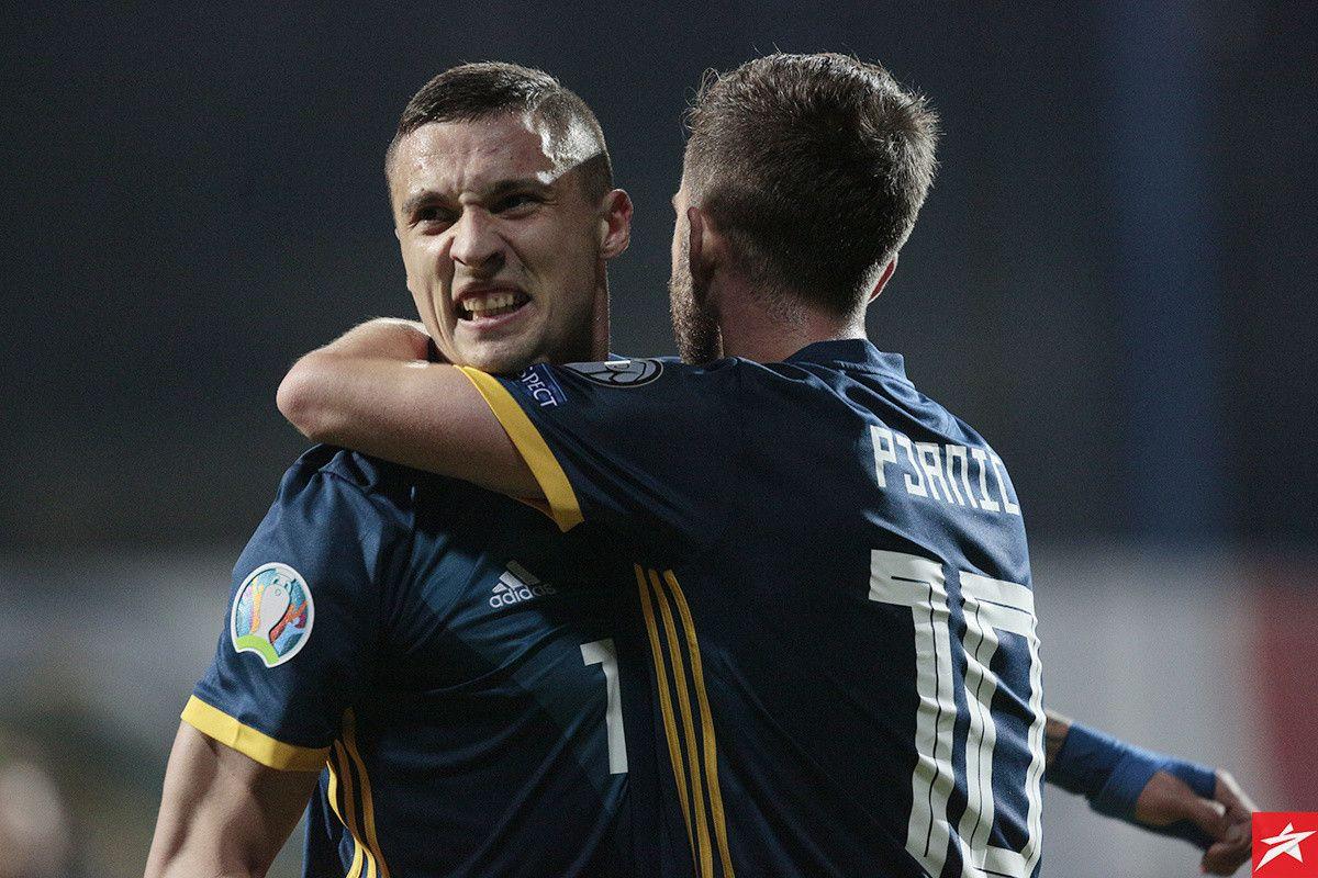 Krunić još uvijek nije potpisao ugovor, ali već nekoliko dana trenira u trening centru Milana