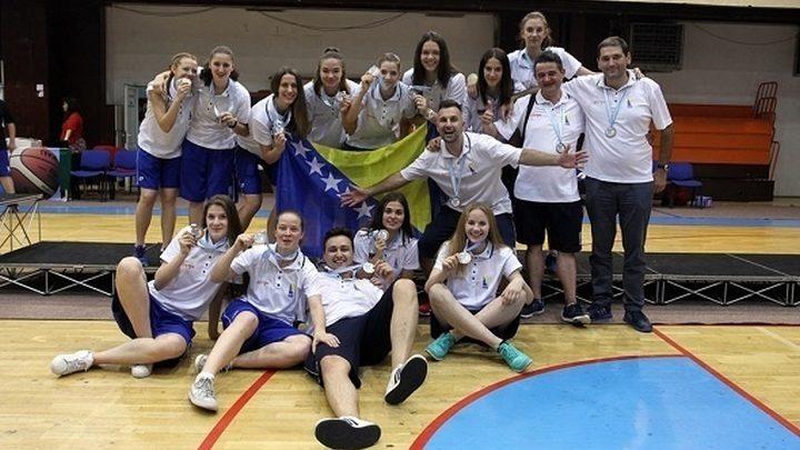 Okupila se ženska juniorska reprezentacija BiH