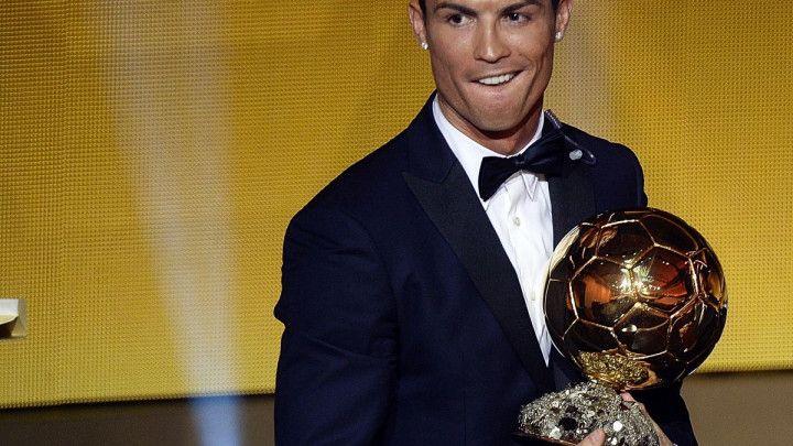 Peta Zlatna lopta u rukama Cristiana Ronalda