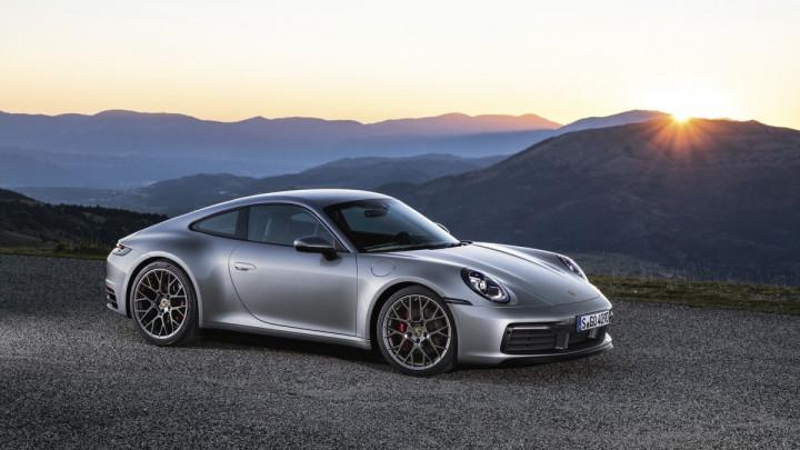 Novi Porsche 911: Snažniji, brži, digitalan